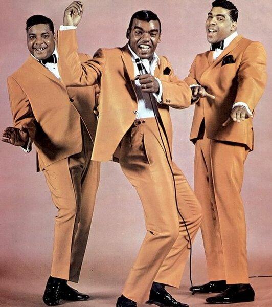 Даже «The Beatles» исполнила кавер-версию их песни «Twist And Shout» группа,зарубежная