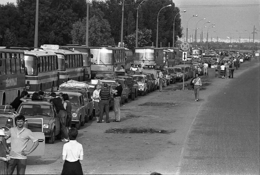 Очередь на белорусско–польской границе, Брест, начало 1990-х.