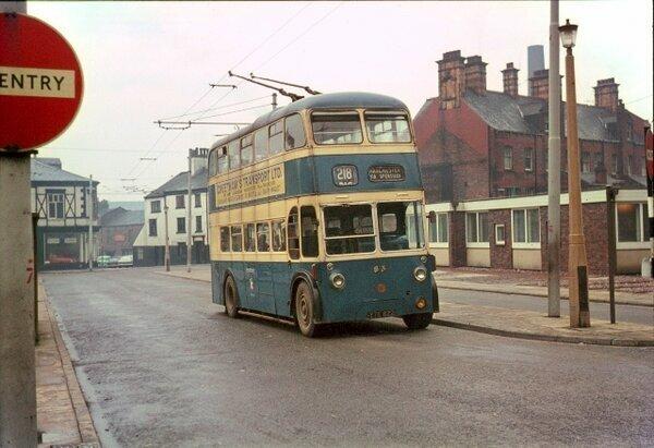 Двухэтажный троллейбус из СС…