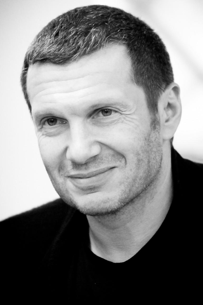Лебединский сорвался на Соловьева с угрозой