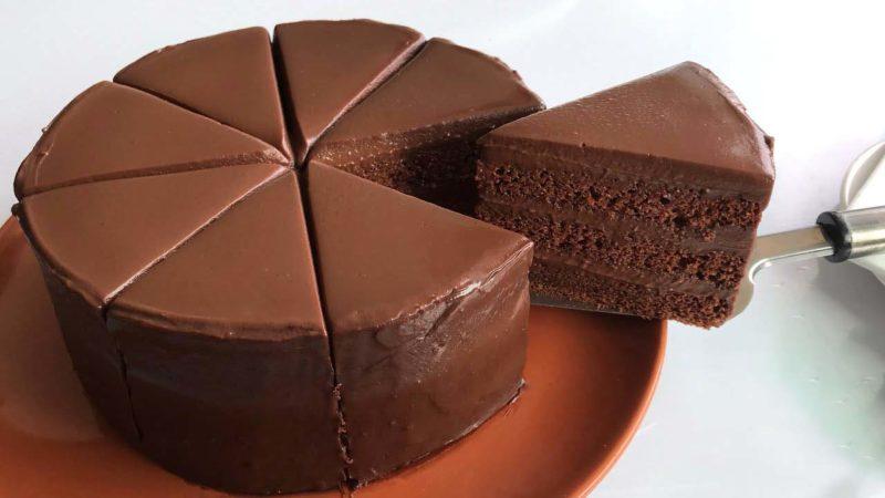 Необычный и очень простой рецепт шоколадного торта без шоколада десерты,сладкая выпечка