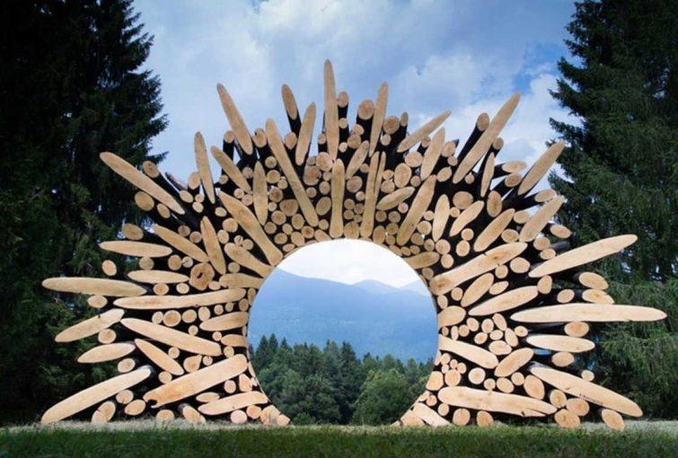 Невероятные деревянные скульптуры из брёвен