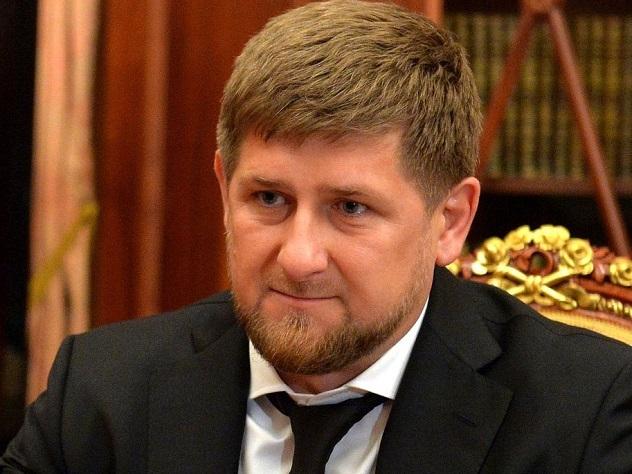 Кадыров заявил об отмене платных выпускных в школах