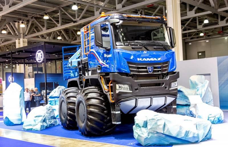 КАМАЗ представил новейший тягач для Арктики