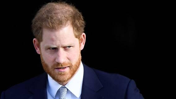 Принц Гарри подал новый иск против Mail on Sunday по делу о клевете ИноСМИ