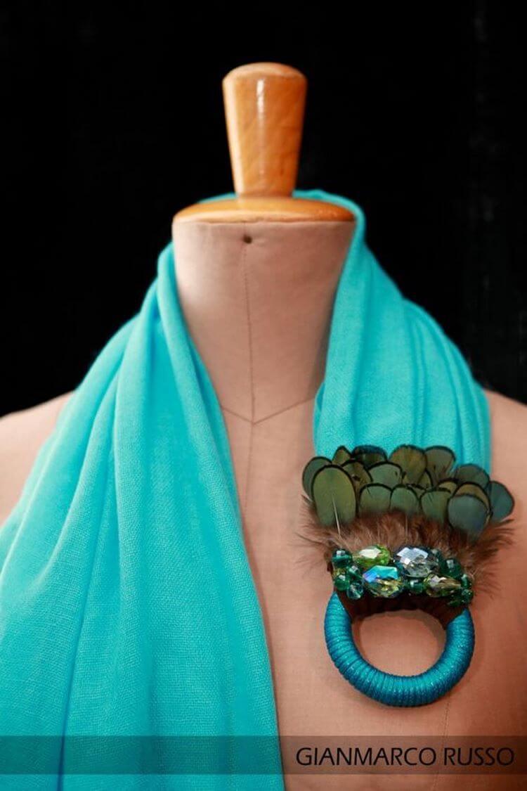 Двадцать восхитительных образов шарфов с бижутерией. бижутерия,украшения