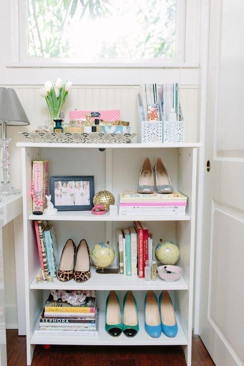 Фотография: Ванная в стиле Классический, Современный, Прихожая, Советы, хранение обуви, идеи хранения обуви – фото на InMyRoom.ru