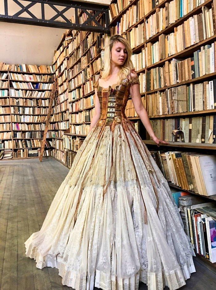 Платье из книжных корешков Сильви Фасон, красота, креатив, мода, одежда, платье, фантазия