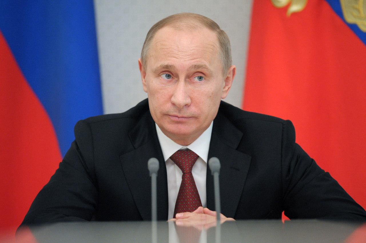 ФОМ: 64% проголосовали бы за Путина на выборах