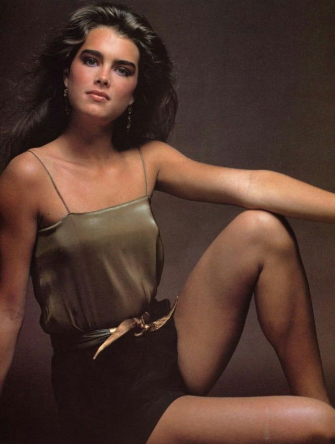 brooke-shields-bikini-pictures-beautiful-women-naked-with-big-bootys