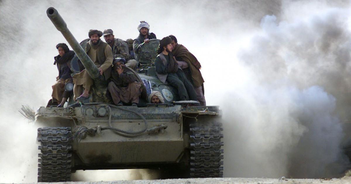 США намерены вооружать ИГИЛ* техникой из Казахстана