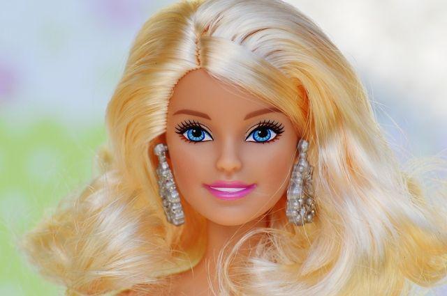 Ангельское зло. Опасна ли кукла Барби для детей?