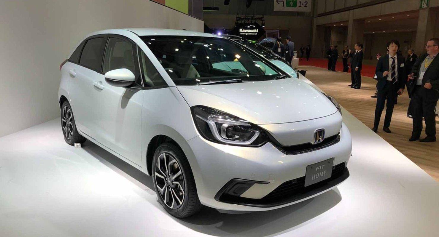 Обзор гибридного хэтчбека Honda Jazz Hybrid Автомобили
