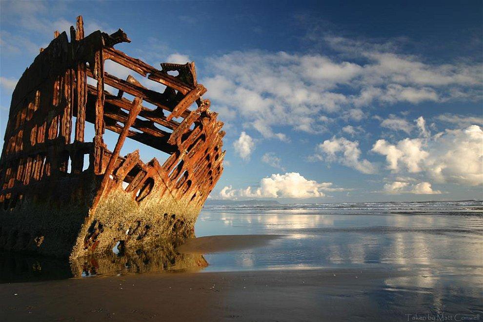 картинки с разбитым кораблем