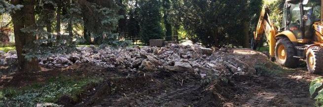 При разрушении мавзолея красноармейцев в Польше найден череп в каске