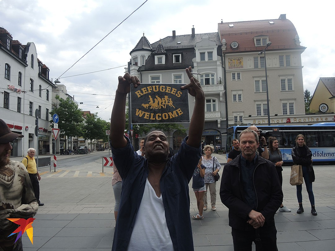 Мигранты — Европе: Ложись и не рыпайся!…