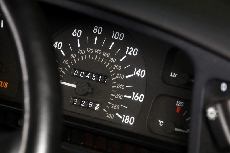 Opel-Lotus Omega 1990-1992 — Супер-седан, разозливший Правительство авто и мото