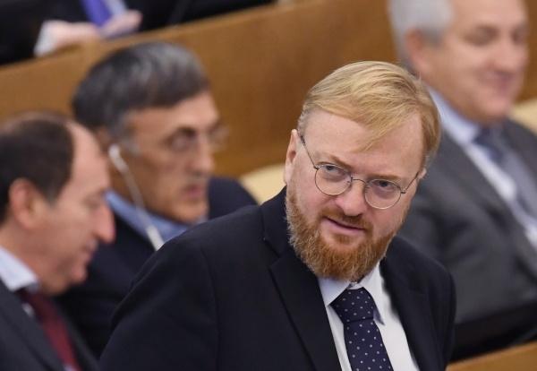 Милонов предложил водить депутатов к логопеду для идеального русского языка