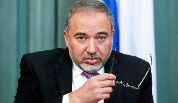 Эксперт оценил отставку министра обороны Израиля