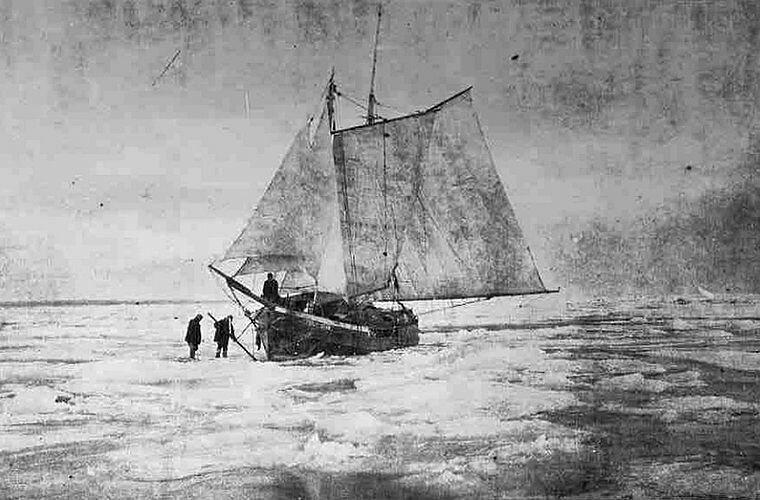 Попытка высвободить судно изо льда Ада Блэкджек, арктика, интересно, история, познавательно, факты