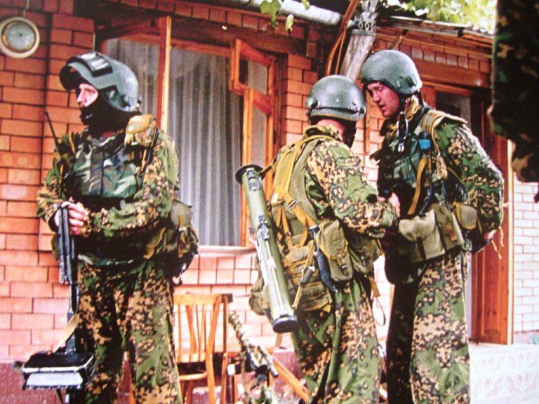Почему российский спецназ до сих пор использует немецкий камуфляж СС
