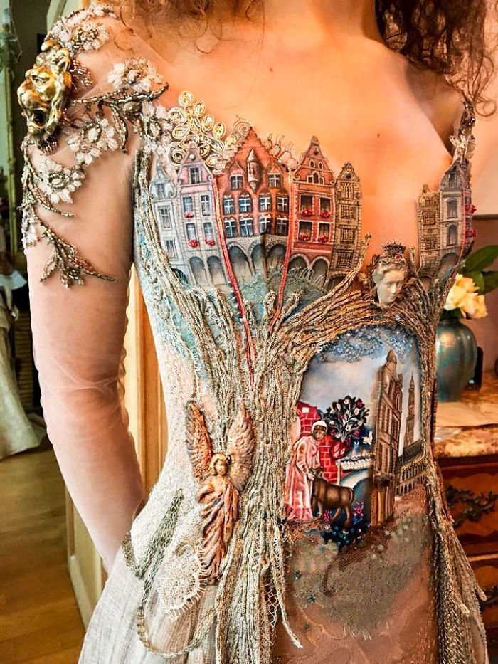 Платье с рисунком «старого города», инкрустированное кружевом Сильви Фасон, красота, креатив, мода, одежда, платье, фантазия