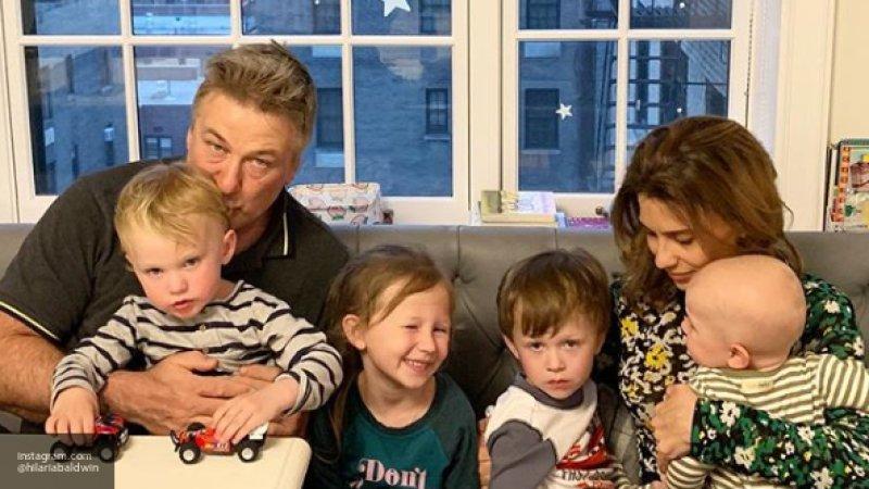 Алек Болдуин готовится стать отцом в шестой раз