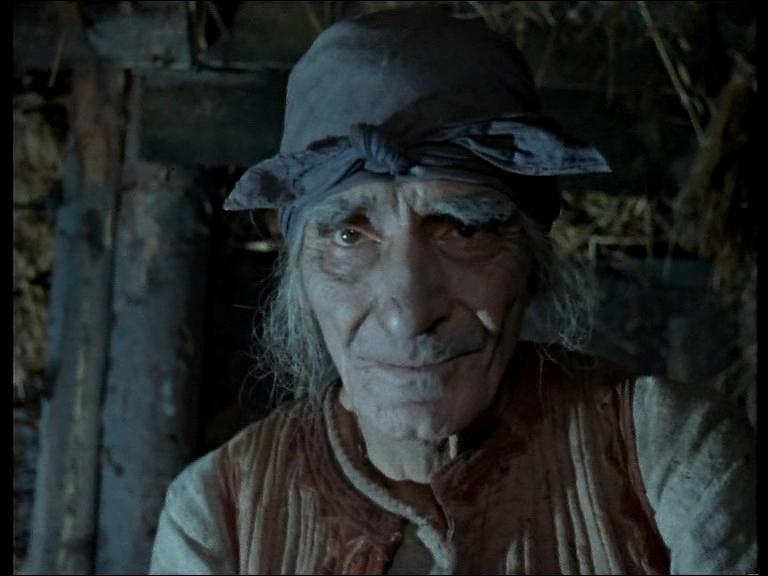 """""""Добрая """" старушка и ее юный любовник."""