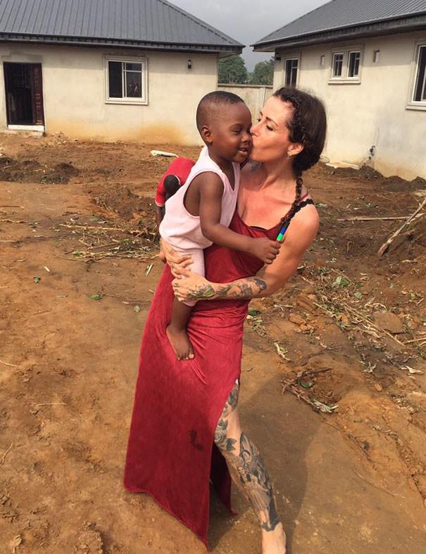 Один год любви и заботы дали ребенку новую жизнь... дети, доброта спасет мир