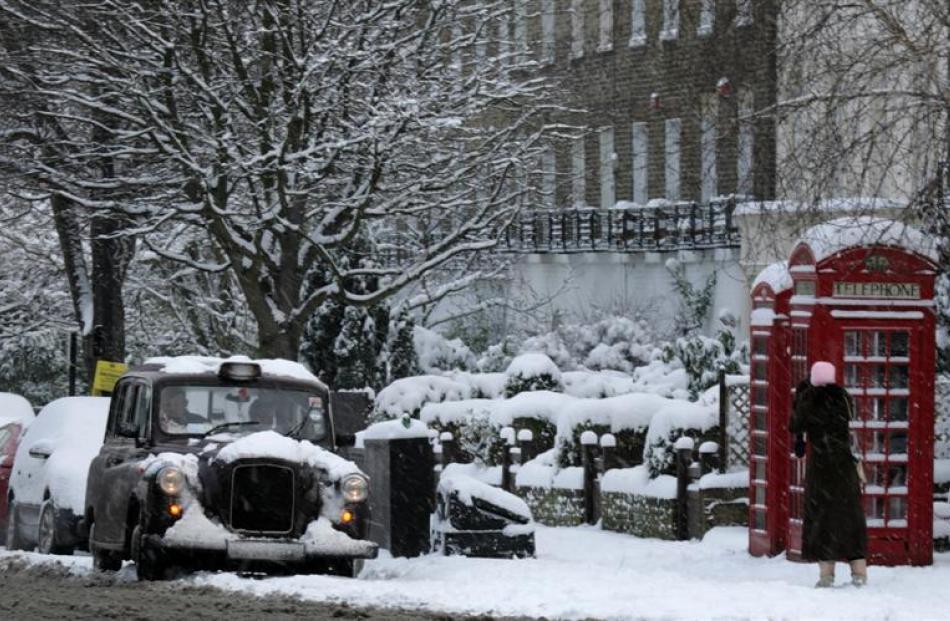 плит можно фото снег в лондоне саргана черном