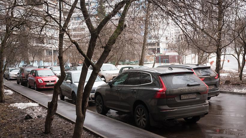 В Москве разработают рекомендации по движению транспорта во дворах