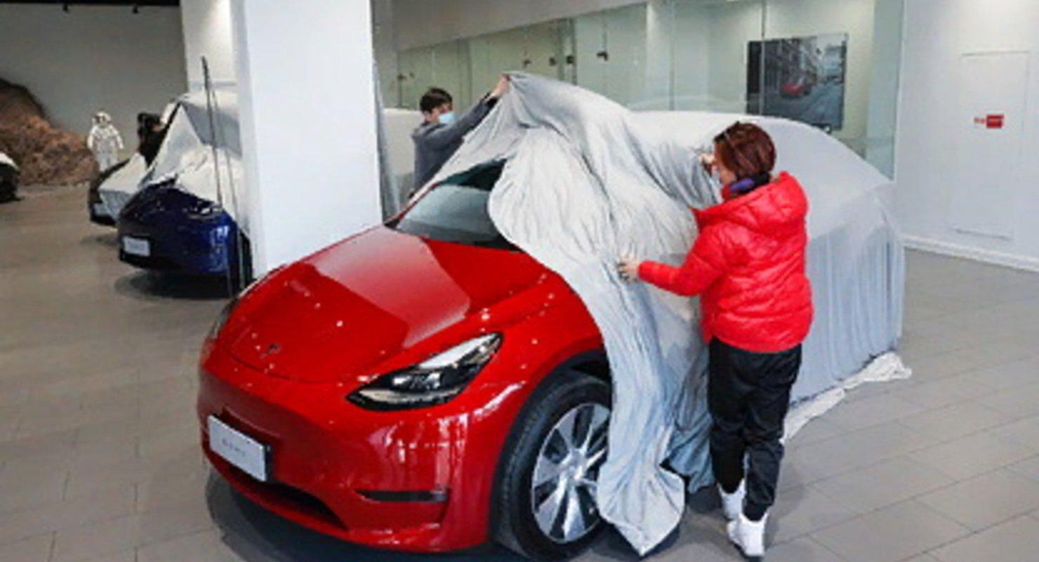 У тысяч Tesla обнаружились проблемы с оперативной памятью Автомобили
