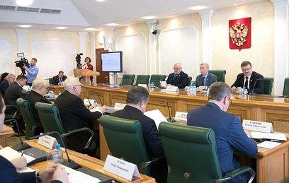 В Совфеде сообщили о попытках иностранного вмешательства в дела России