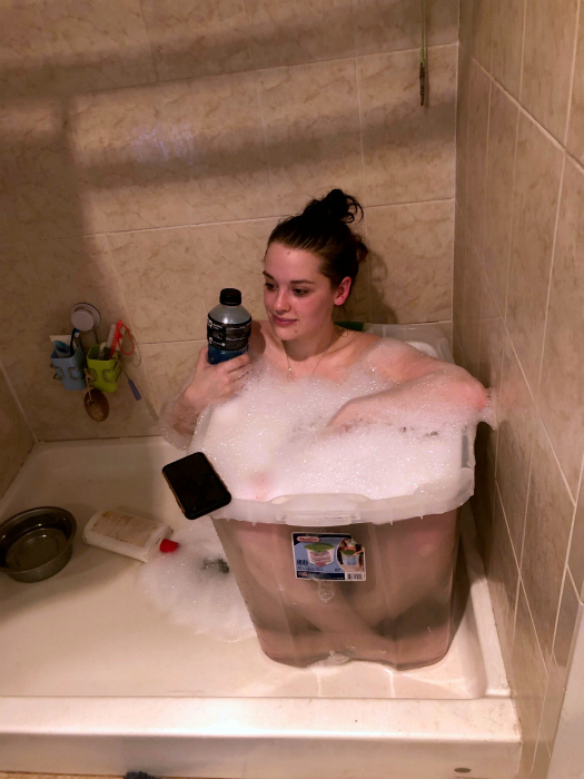 «Я просто хочу ванну!»   Фото: Reddit.