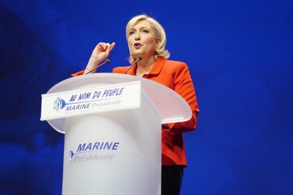 Ле Пен напомнила странам Европы об отсутствии причин для вражды с Россией..