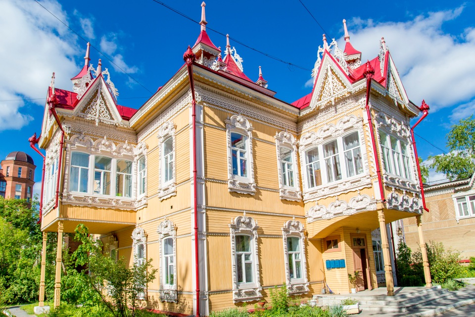 Томск. Деревянные кружева или Сибирские книги предков