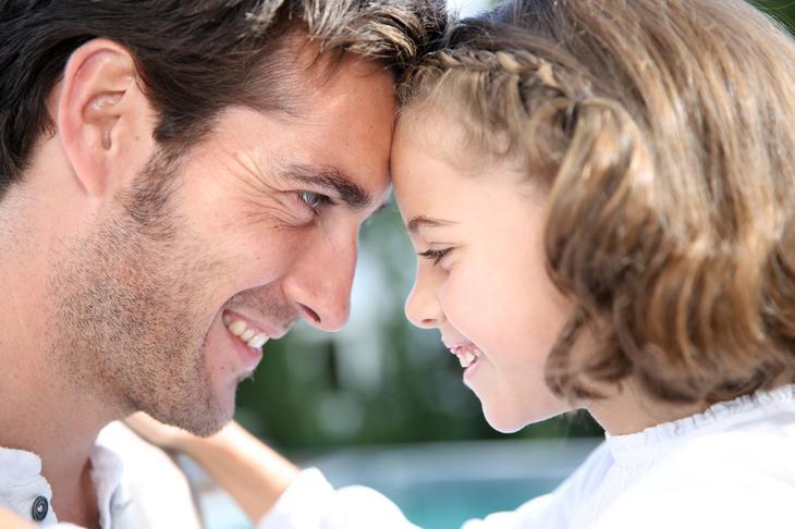 Важность отца в жизни девочки --14 вещей, которым может научить только папа