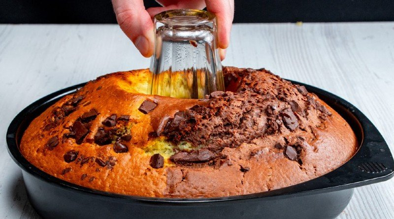 Шоколадно-ванильный кекс «День и ночь» сладкая выпечка
