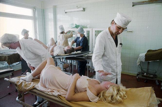 Ни зайки, ни лужайки: об отношении к абортам в России и СССР 1,2,3,4,5,6,беременность и роды,возраст,здоровье,отношения,психология