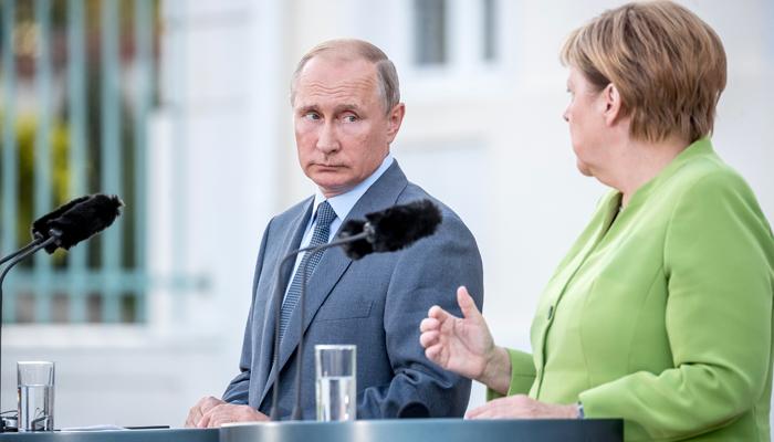 Всю трясёт, но «я в порядке»: Почему Меркель должна уйти геополитика