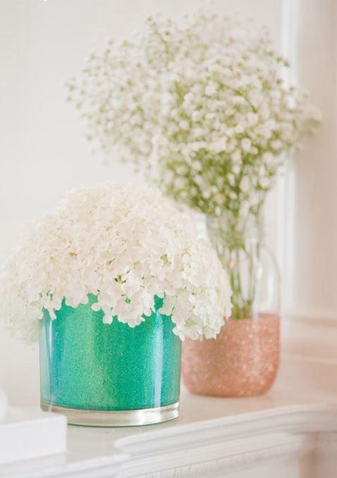 Блестящие вазочки вподарок …