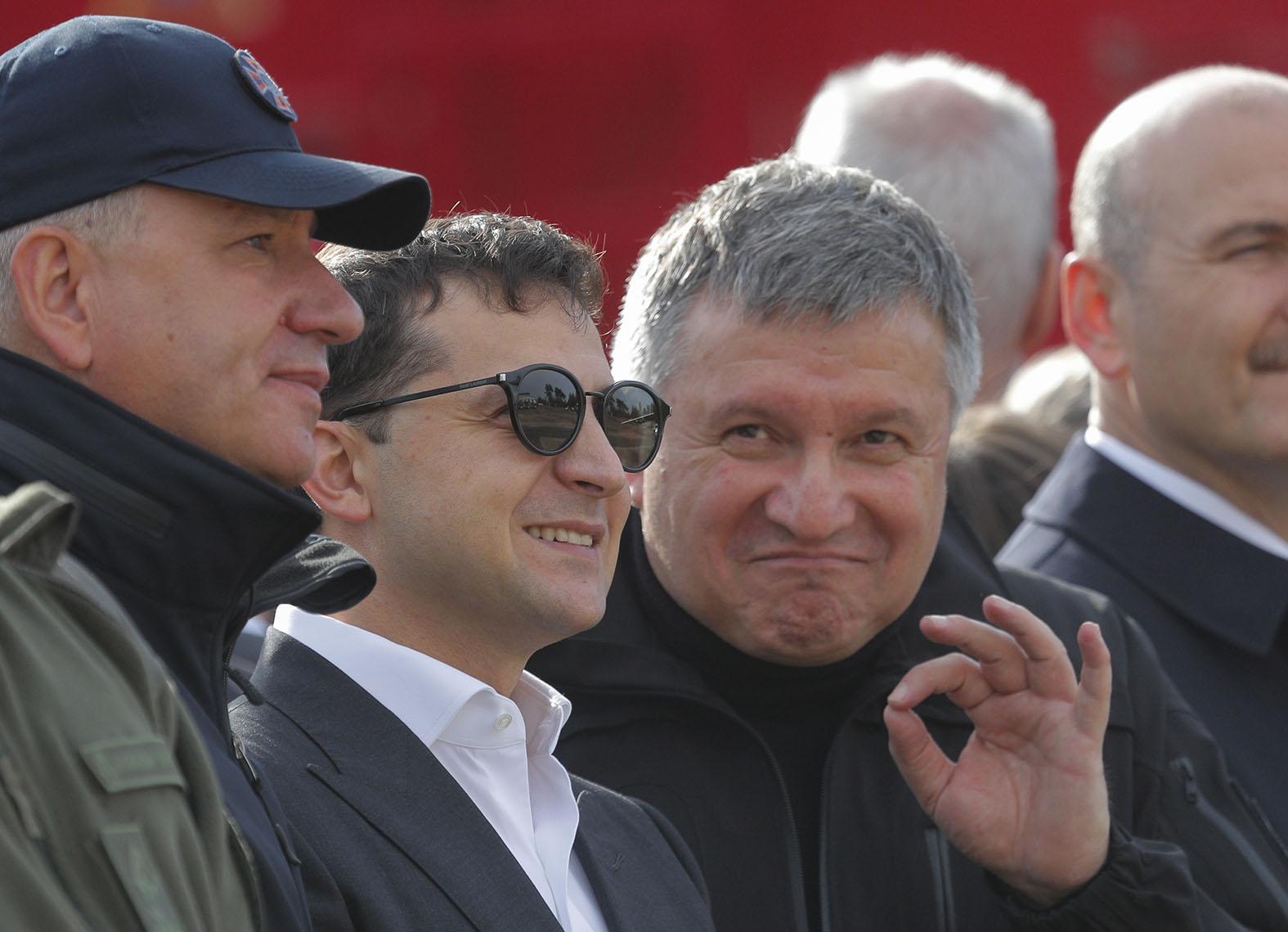 """Галстуки к бою: """"Бессмертный"""" Саакашвили против Авакова геополитика"""