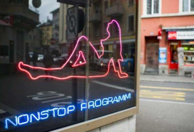 В Швейцарии проститутки смогут оказывать услуги только в безопасных позах