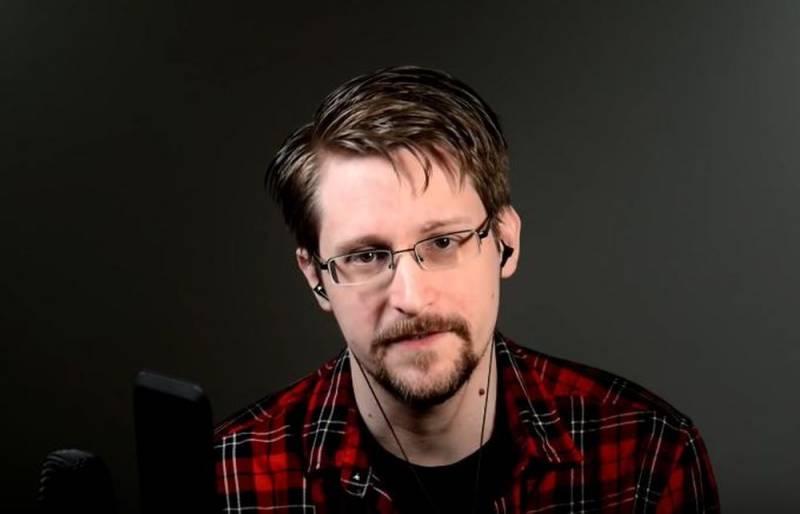 Пригретый Москвой Сноуден призвал бороться с российской властью