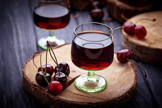 Вишневая настойка, рецепты настоек, настойки +на спирту,