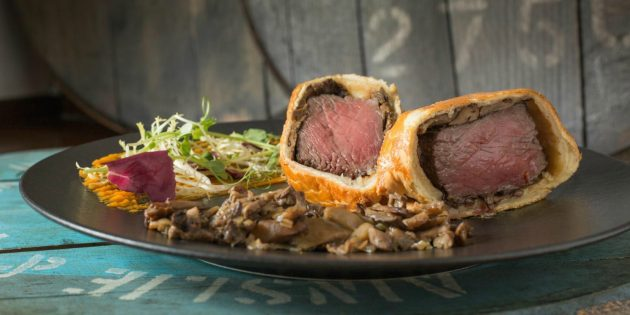 Как приготовить сочное мясо в духовке: 7 идеальных рецептов мясные блюда,новогодние блюда,рецепты