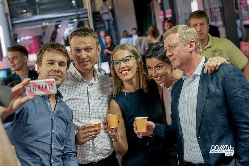 Алексей Навальный хочет занять рабочее место Путина. Вот что он будет на нем делать