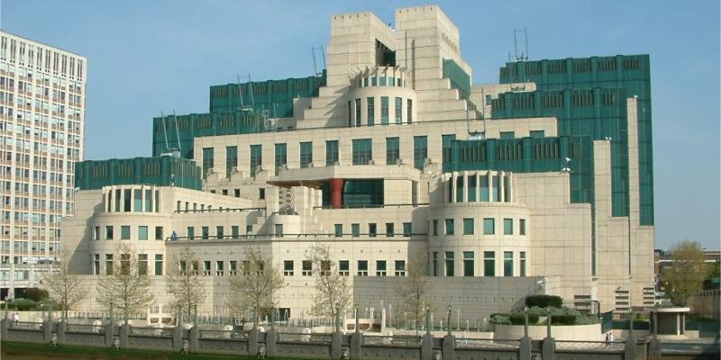 Британия испугалась раскрытия своих шпионов в России