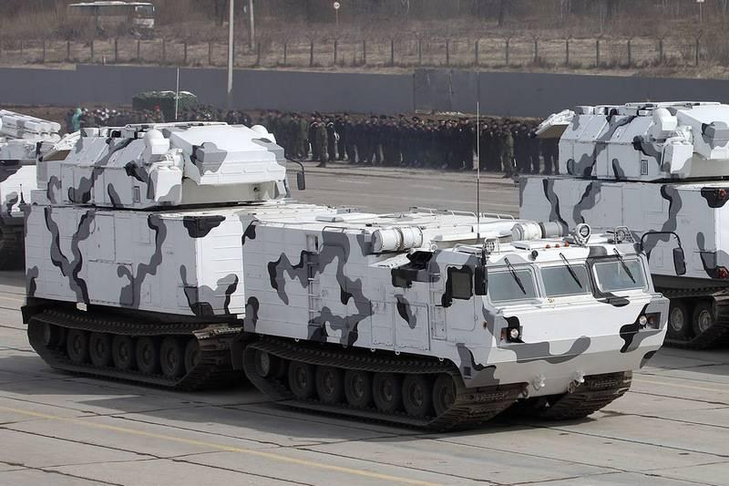 """Сразу бригадный комплект. Арктический вариант ЗРК """"Тор-М2ДТ"""" поступит в войска до ноября"""