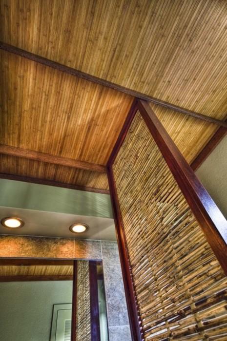 Особую атмосферу и уют в помещении поможет создать бамбуковый декор.
